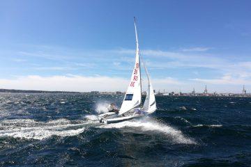 ניתאי חסון וטל הררי  מובילים את אליפות אירופה לנוער במפרשיות 470 הנערכת בפורטוגל.