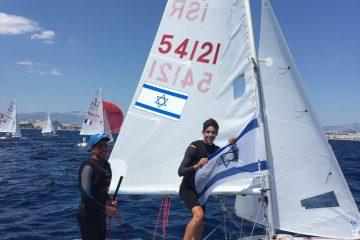 מדליית ארד לצמד השייטים טל שדה ונועם חומרי באליפות אירופה לבוגרים במפרשיות 420 שננעלה באתונה יוון