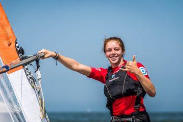 שירה בנבנישתי ממועדון השייט הרצליה וגד מטוסביץי משדות ים מובילים את אליפות אירופה בגלשני ביק הנערכת בפולין.